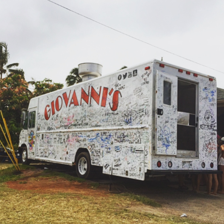 Get the Garlic Shrimp from Giovanni's Shrimp Truck things to do on Oahu