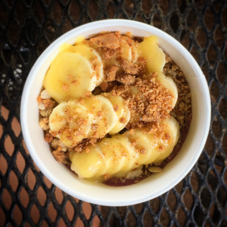 Local Foods to Try in Hawaii Acai Bowl