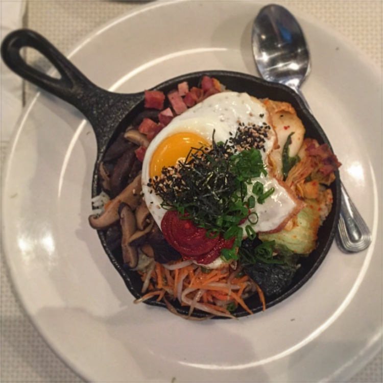 Bibimbap in skillet Oahu vs. Maui