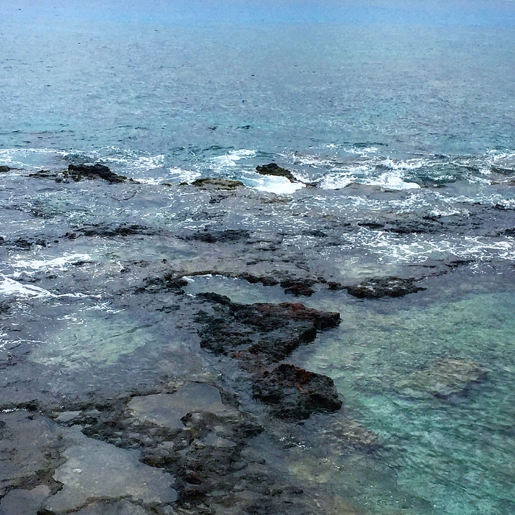 Things to do on Lanai Hulopoe Beach